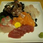 UMEHA - 【鮮魚】お造り、 鮪、サーモン、鰤、鯵、白身