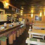 ニセコ草庵 - リニューアルした店内は50席。