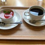 絵本カフェ - 料理写真:
