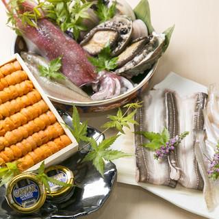 四季折々の旬味を始め、希少且つ高級食材から成る天ぷらを堪能