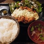 SUN - チキンタルタル定食