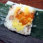 113203523 - 貝の笹巻寿司