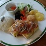 ヘルシーカフェのら  - 料理写真:豆腐ステーキ