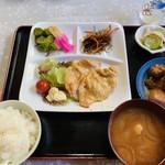 阿部商店 - 豚ガーリック定食