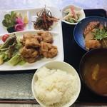 阿部商店 - 鶏唐揚げ定食