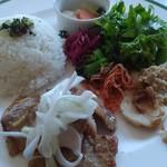 ヘルシーカフェのら  - 豚肉の生姜焼き