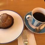 小川軒 - 本日のケーキとホットコーヒーで885円