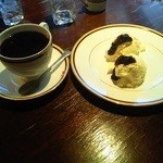 カフェ・ラ・バスティーユ - レアチーズケーキ