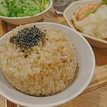 実身美 - ご飯は発芽玄米