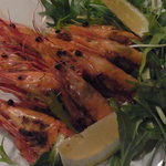 活海老バル orb - 牡丹海老と天使海老の焼きもの。ミソも美味しいです!