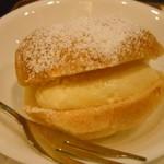 サンマルクカフェ - 生シュークリーム