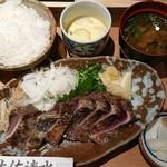113238267 - かつおの藁焼き定食(並) 1,130円