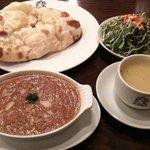 11325975 - チキンマサラカリー&ナン&サラダ&スープ