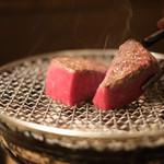 うしごろバンビーナ・カルボーネ - 肉塊ロックステーキ