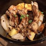 BASE CAMP - 豚スペアリブのジンジャーエール煮(ダッチオーブン料理)