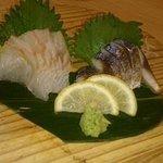 串と煮込みの元祖居酒屋 個室 門限やぶり - 刺身2種盛
