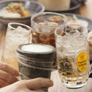 カクテルから、日本酒まで充実!!飲み放題も全100種!!