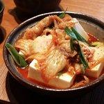 ダイニング むすたき - キムチと豆腐のチゲ鍋 ¥530