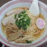 宝来軒 - ラーメン  400円