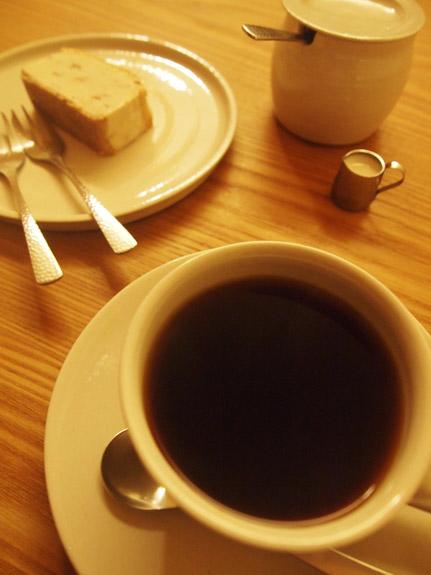 喫茶葦島 - コーヒーとチーズケーキ