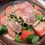もつ鍋家 一 - はじめの特製サラダ580円