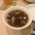 中華 華 - チャーハンの中華スープ