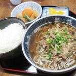 みのり食堂 - 肉そば 500円