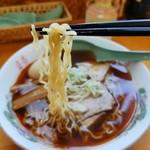 くどうラーメン - 縮れ細麺です( ´∀` )b