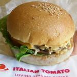 イタリアン・トマト カフェ - チーズバーガー