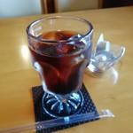 あかまつ - アイスコーヒーです。(2019年8月)