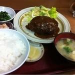 花いちもんめ - 料理写真:ミンチカツ定食500円