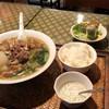 カパオ タイ - 料理写真:ランチメニュー「牛スジヌードルセット」(950円)