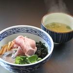 Kotobukiseimenyoshikawa - 料理写真:煮干油そば
