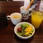 カフェ アサン - 【ランチ】ミニサラダ・ドリンク付き