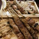 庄吉 - 上段:焼き鶏盛り合わせ(5本)@790円 塩 下段:焼き鶏盛り合わせ(5本)@790円 タレ