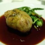 アンフュージョン - ランド産うずらとフォアグラ、黒米のオーブン焼き