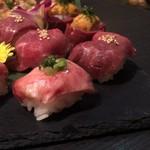 個室 肉寿司と松阪牛 くずし割烹たてがみ - 肉寿司(タン、ロース)
