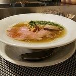 麺や 庄の gotsubo - 塩らーめん ノーマル 斜めから