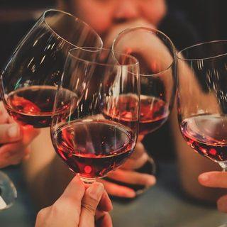 ワイン常時30種以上!