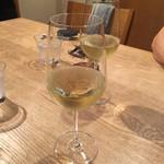 GIRINO - 白ワインーボトル二本空けました!