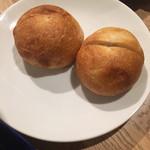 GIRINO - パンも美味しい!