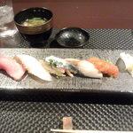 鮨 肉 酒肴 志 - 握り