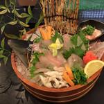 海水園 - 料理写真:かわはぎ活造り