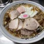 中華そば みたか - チャーシューメン750円でごんす。(iPhone Xで撮影した画像です。鮮明ですね)