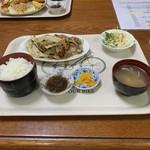 ぶんぶん亭 - 料理写真:
