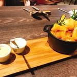 リストランテ ボンナターレ - こだわりジャガイモのフリットを2種のディップで