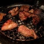 しまだや - ラム肉は七輪で焼きます