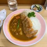 リッチなカレーの店 アサノ - リッチなカツカレー 1,450円(税込)