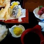 天婦羅 たる松 - 和定食の構成はコレ(1,500円也)