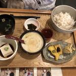 中央食堂・さんぼう - 麦とろご飯